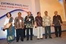 Penghargaan PEDULI dan BAKTI GIZI 2012